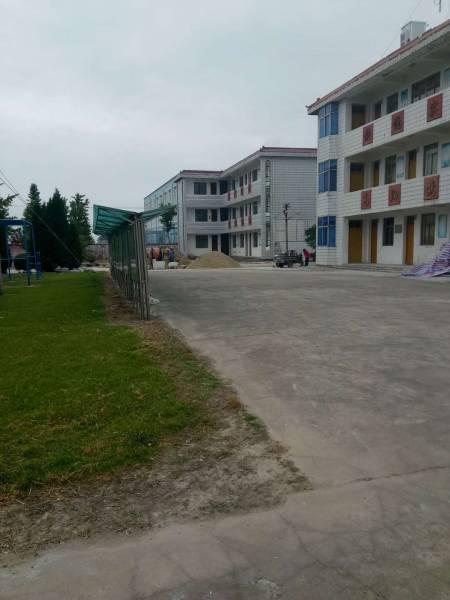 头灶镇社区教育中心草坪门球场正式动工